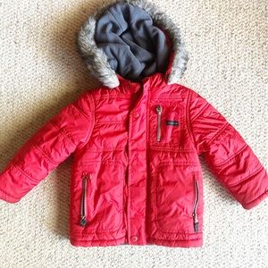 Red OshKosh Fleece-Lined Puffer w Hood - 3T